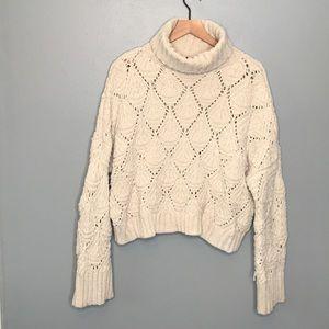 POL ivory oversized turtleneck sweater size Medium
